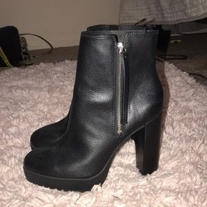 H&M BRAND NEW BOOTIES